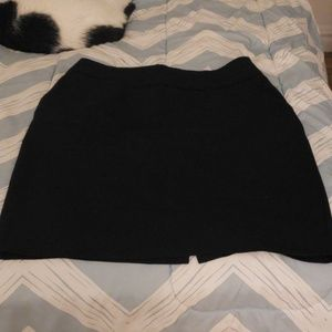 H&M Black Pencil Skirt WITH POCKETS!!!!